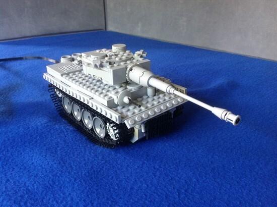 Lego Tiger 1 tank motorised - 2